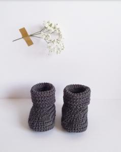 chaussons parfaits pour trousseau de maternité