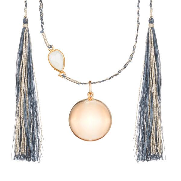 bola en or rose et bijoux fin tendance pour future maman