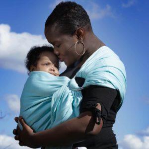 sling pour porter bébé des la naissance