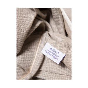 neo sling beige pour porter bébé en toute simplicité