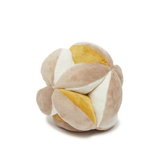 Balle montessori à grelot pour motricité fine